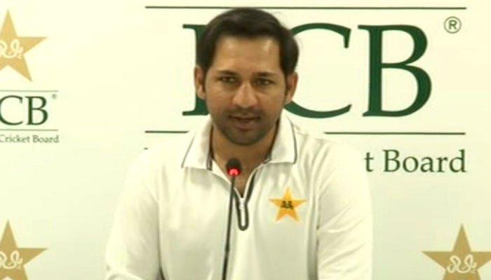ورلڈ کپ میں ٹیم کی کارکردگی سے مطمئن ہوں، کپتانی نہیں چھوڑوں گا: سرفراز احمد