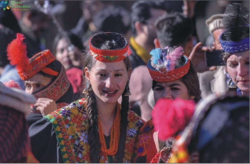 کیلاش میں جاری چاوموس فیسٹیول رنگا رنگ تقریب اور جشن کیساتھ اختتام پذیر